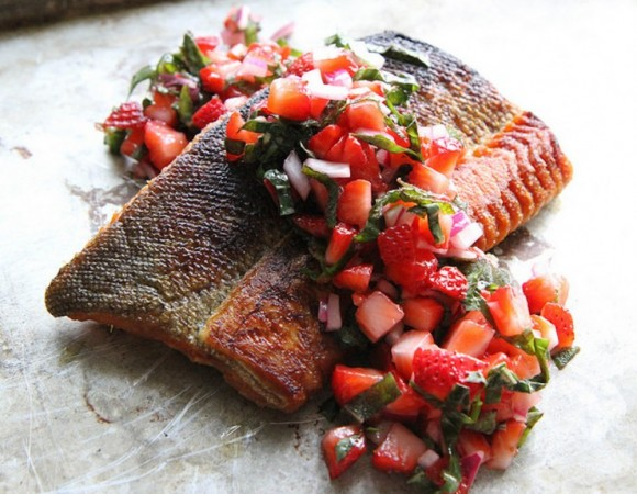Salmon with Strawberry Basil Salsa