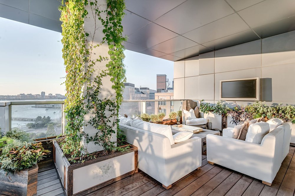 kim-kardashian-west-new-york-penthouse-airbnb-010