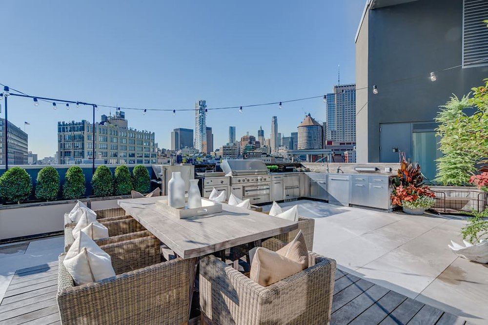 kim-kardashian-west-new-york-penthouse-airbnb-012
